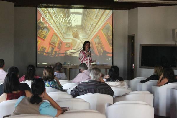Evento da Associação OntoArte  sobre Cultura e Arte no Recanto Maestro